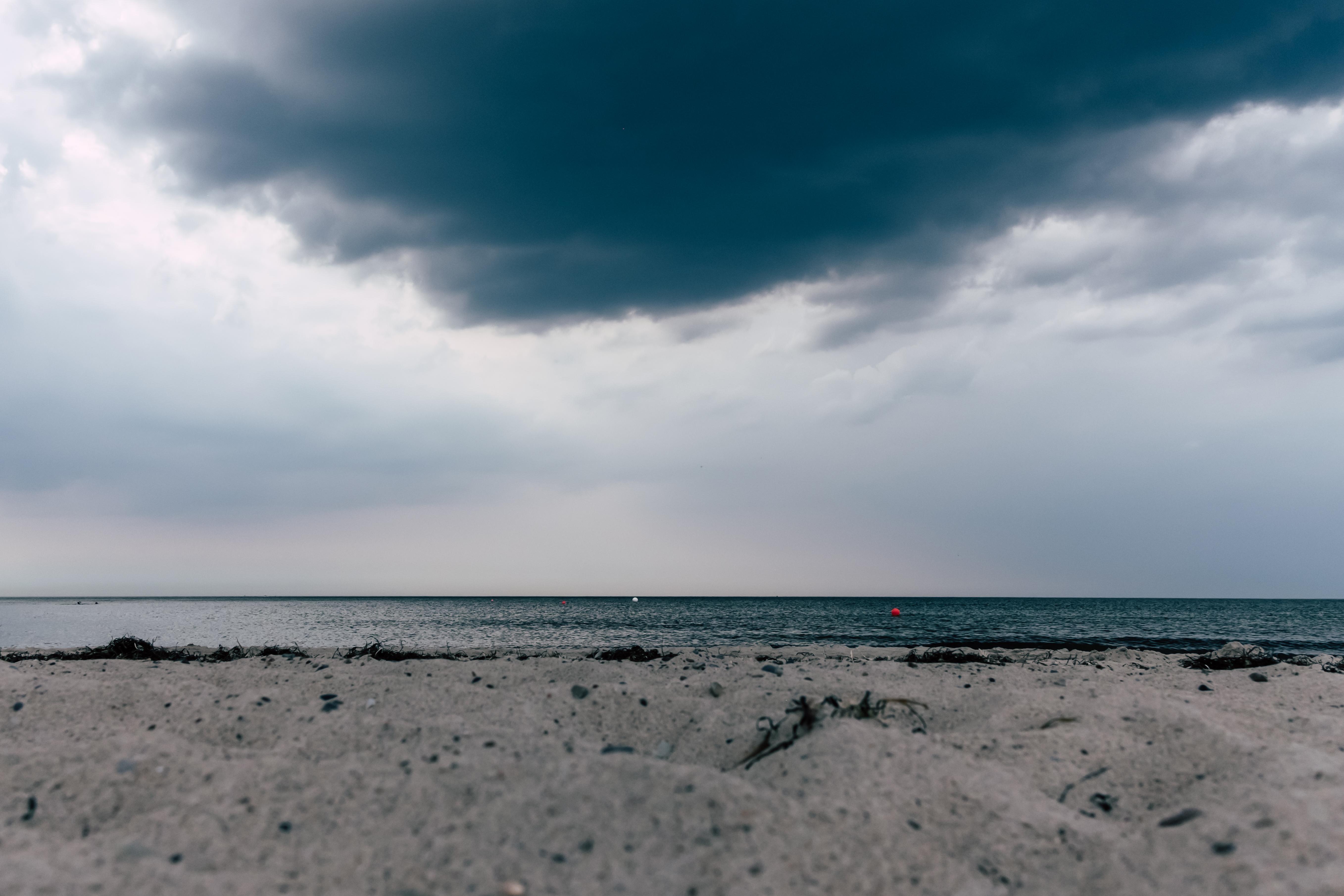 Böser Strandhimmel